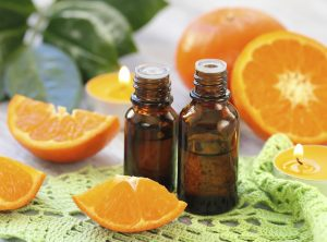 fresh_citrus_fruit_and_essential_oils_home_fragrance